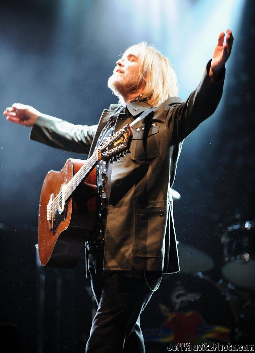 Tom Petty of Tom Petty And The Heartbreakers performs onstage during the 2008 Outside Lands Music And Arts Festival held at Golden Gate Park on August 23, 2008 in San Francisco, California.