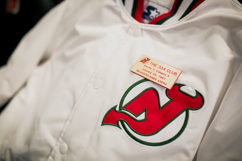 packer-starter-nj-devils-334-club-jacket-5.jpg