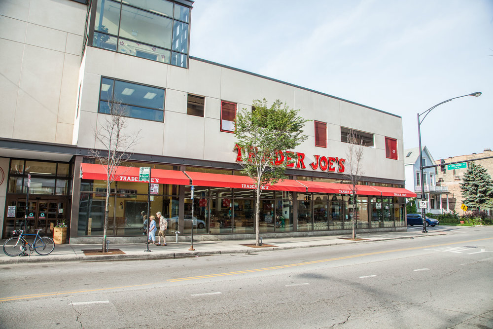 Trader Joe's <br> 15 E Oak, Chicago <br> 37,000 SF Retail