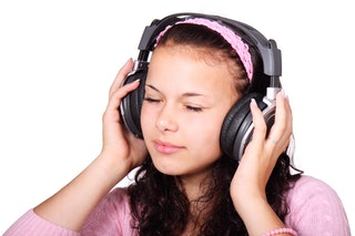 cute-female-girl-headphones-41553.jpeg
