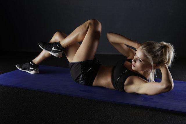 Grym övning för en tonad mage? Nja. Snarare mer åt waste of time hållet.
