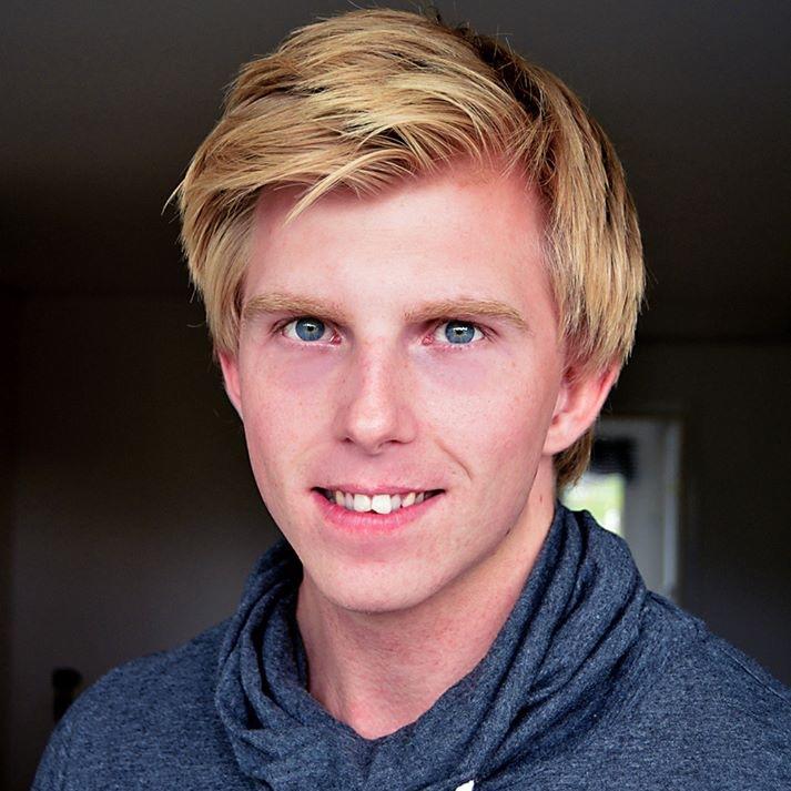 Tommy Vestergren - Lic. Personlig TränareLic. KostrådgivareÄger SV. FitnessakademinSupportansvarigsupport@intensivept.se
