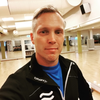 Pierre Sundin - Lic. Personlig TränareLic. KostrådgivareMental coachKampsportstränarepierre@intensivept.se
