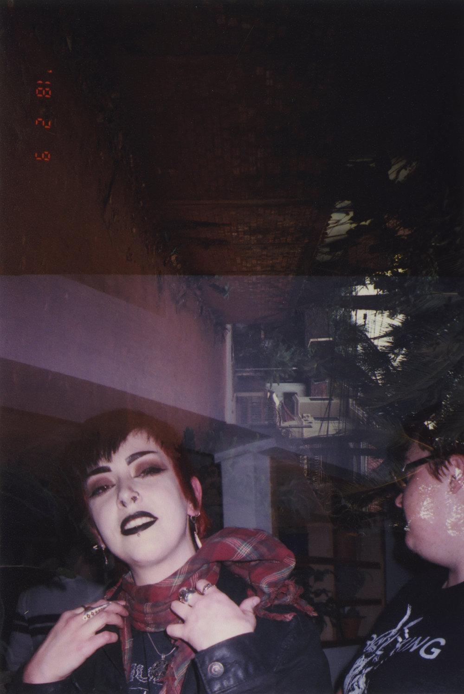 goth_girl_bar.jpg
