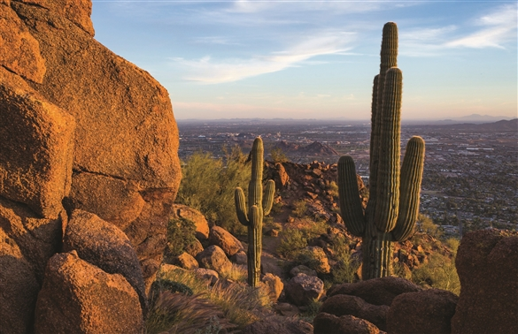 echo_canyon_camelback_mountain_visit_phoenix.jpg