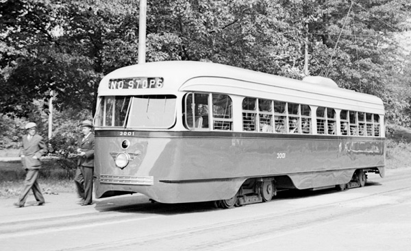 The Seaver Street Loop provided a turnaround for the line to Roxbury. The line crossed Seaver Street and entered Franklin Park were the Loop was located. This is a PCC style car, early 1950s.
