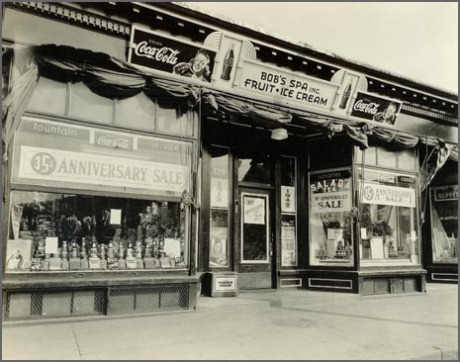 Bob's Spa, 128 South Street, 1947.  Download  higher resolution image.