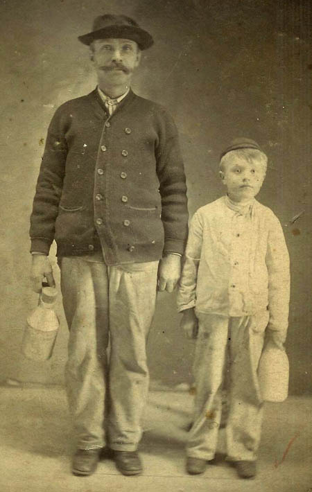 George and Harold Knapp, ca 1906. Courtesy Harold C. Knapp, Jr.