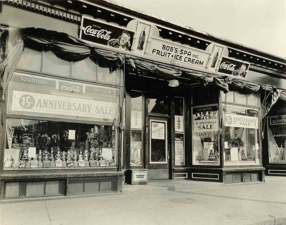 Exterior of Bob's Spa, 1947