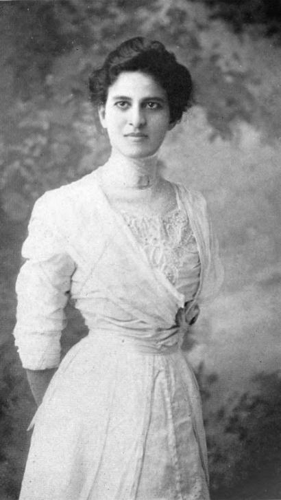 Maud Cuney Hare. en.wikipedia.org/wiki/Maud_Cuney_Hare