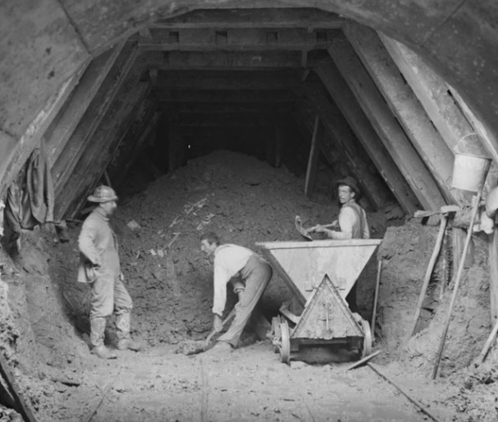 Weston Aqueduct, Section 2, west drift of Tunnel No. 1, near portal, Framingham, Mass., Sep. 22, 1902. Courtesy Digital Commonwealth.  https://www.digitalcommonwealth.org/search/commonwealth:cv43p316w