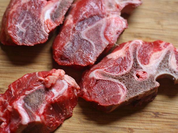 beef-neck-bones.jpg