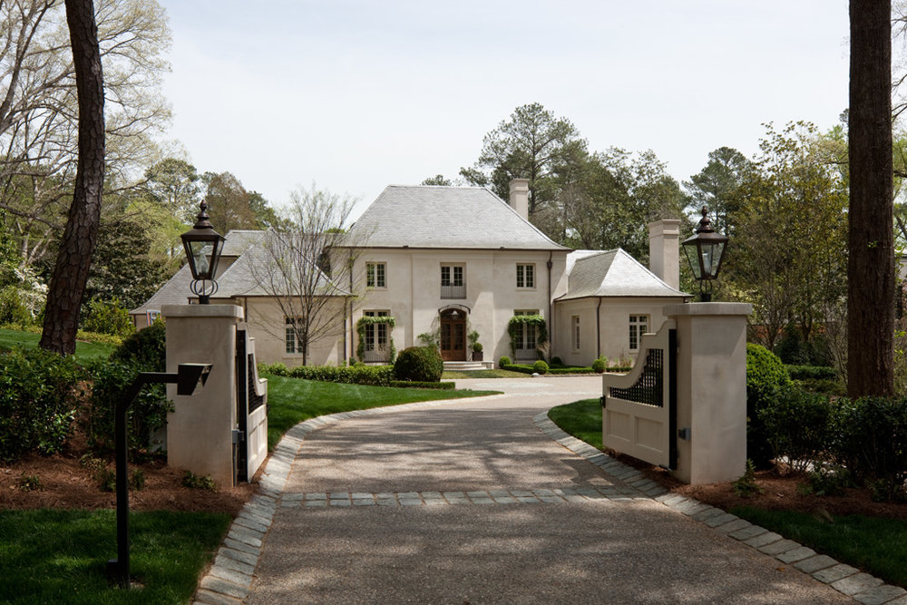 Stucco Manor Driveway