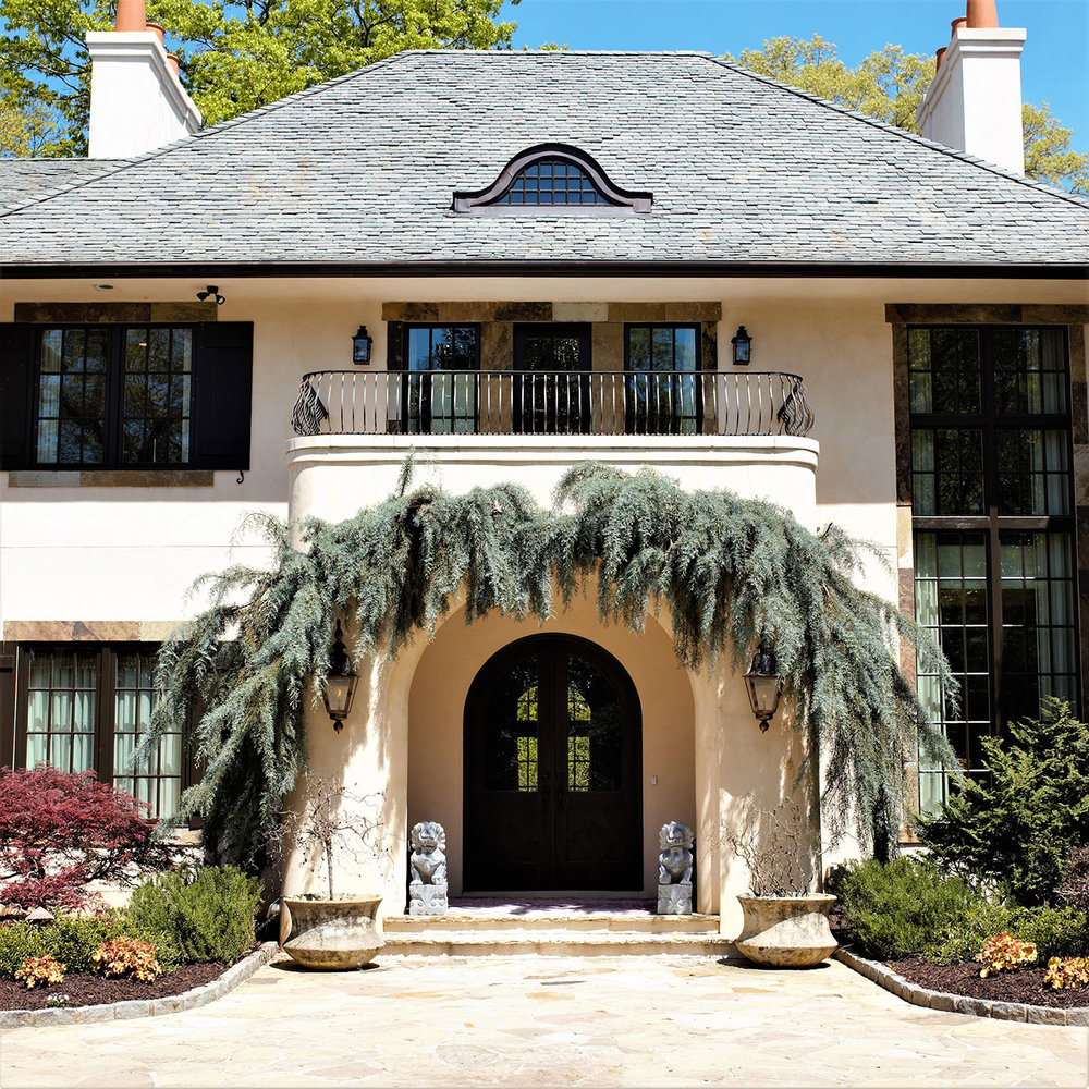 Facade, Wooded Hill Estate | William T. Baker