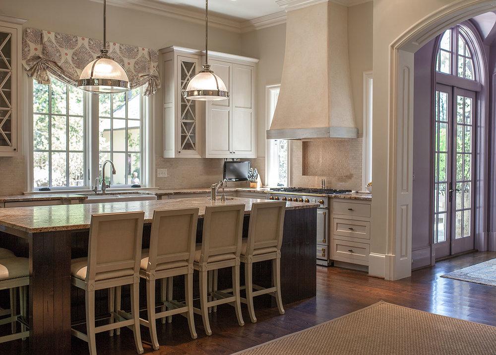 Kitchen, Wooded Hill Estate | William T. Baker