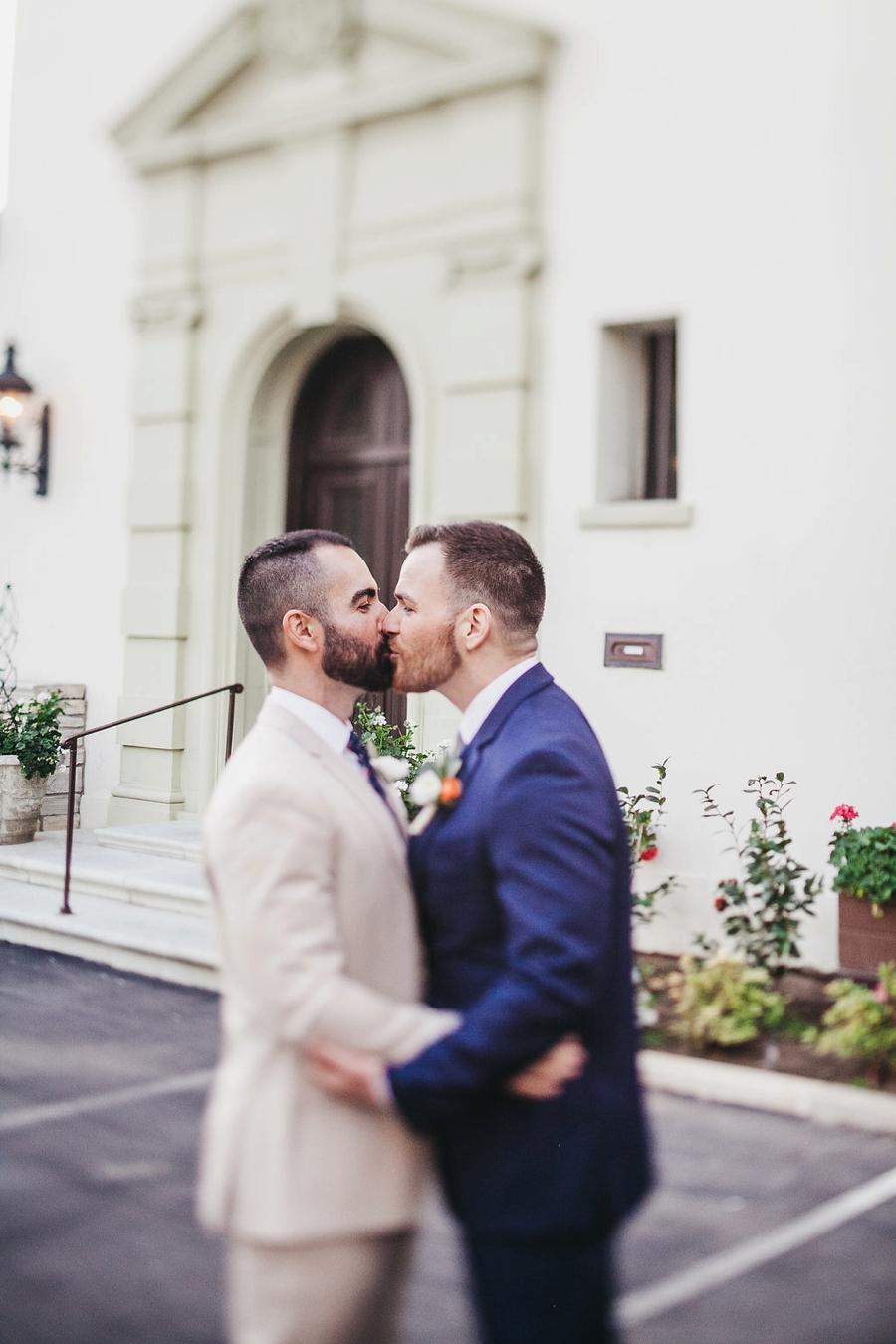 Greenery Filled Pasadena Wedding At The Maxwell House_0011.jpg