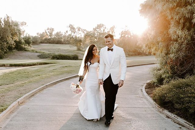 Golden hour is our favorite hour.  ___ Vendor love 💕  Planning + Design: @confettiskies  Photography: @emmahopp  Floral Design: @oliviasmum  Venue + Catering: @oakcreekgolf  Videography: @visioneermedia  DJ: @partytimepro  Cake + Desserts: @simplysweetcakery  Officiant: @jonkristweddings  Hair: @audratonghair  Makeup: @theeocmua  Chairs: @brighteventrentals  Draping + Lighting + Dance Floor: XL Entertainment Systems Specialty Linens: @luxe_linen  Invite + Stationery: @pirouettepapercompany  Wedding Dress: @panachecostamesa  Bridesmaids Dresses: @lulus  Groom's Attire: Custom Men's Attire: @friartux . . . . #confettiskies #oakcreekgolfclub #irvinewedding #oakcreek #irvine #goldenhour