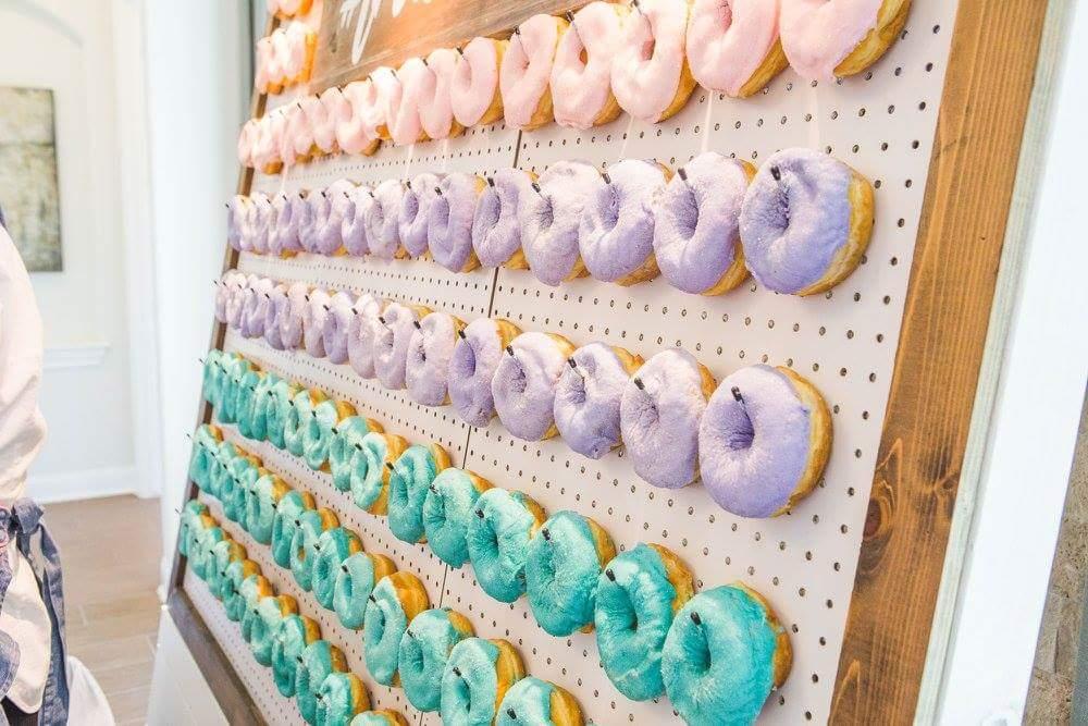 austincupcakes_travisso_doughnuts_doughnutwall2