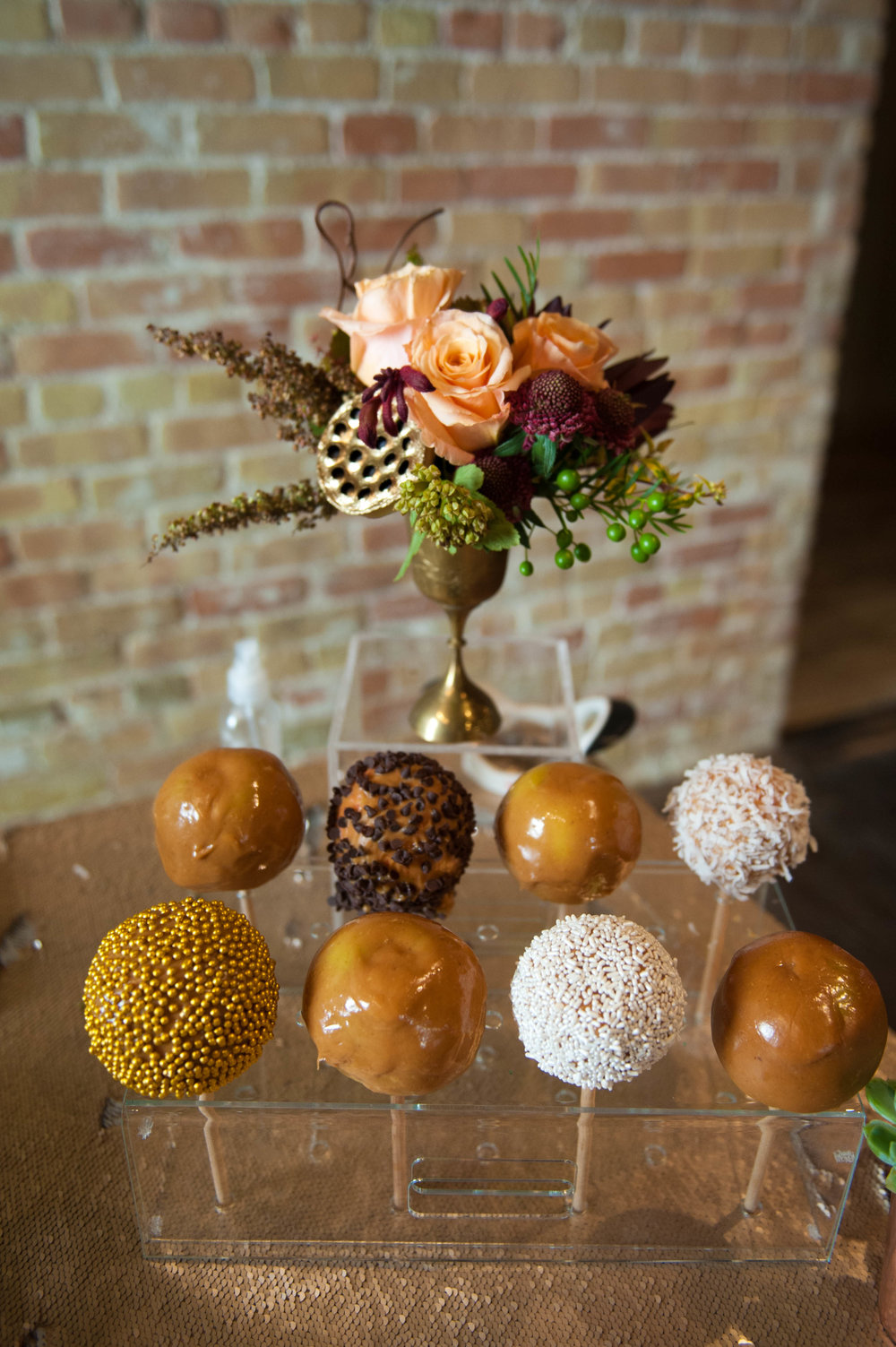 thecupcakebar_caramelapples_fall_design_interactive2