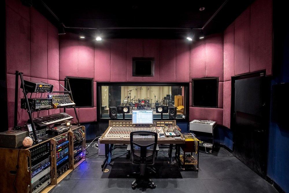 Decade Music Studios -
