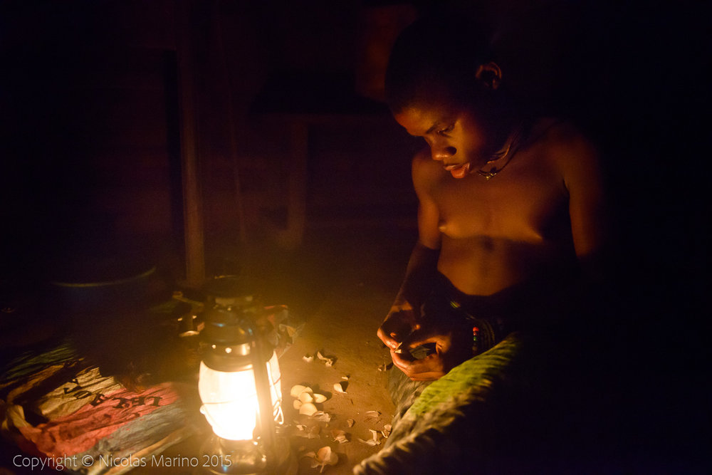 Life in the equatorial rainforest. The Bayaka Pygmys. Central African Republic