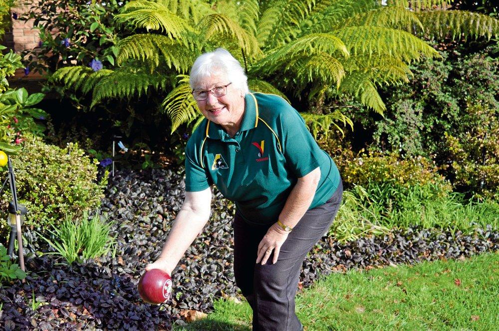 • Bowls Tasmania life member Pat Bennett.