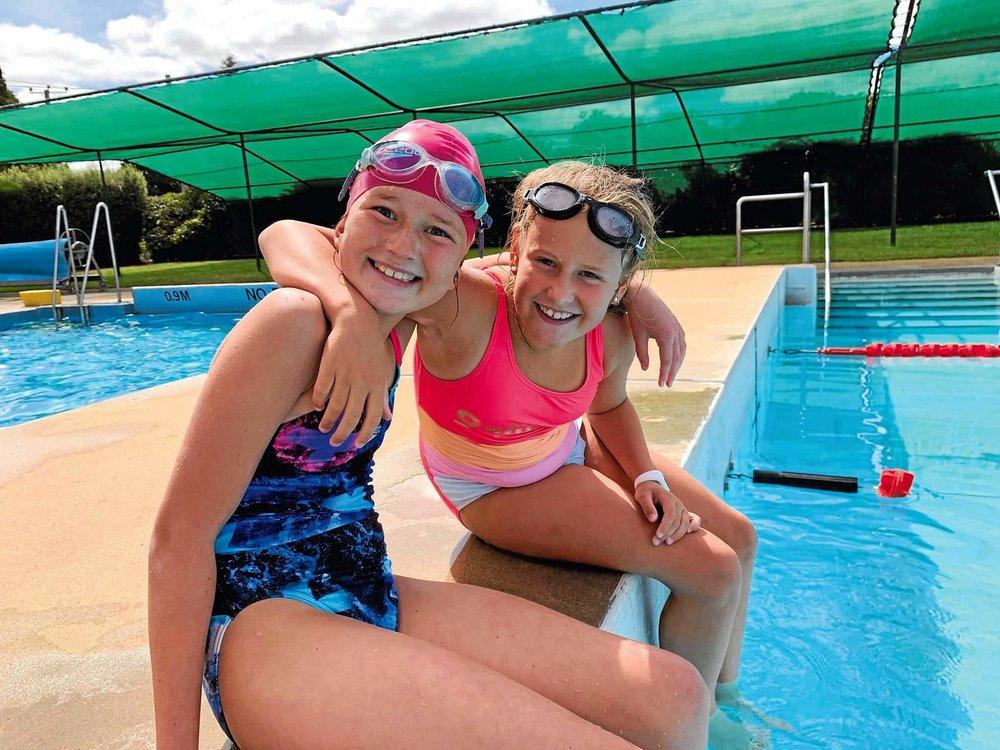 Swimming 5.jpg