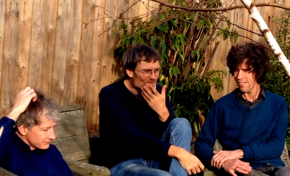Small World Experience - ex-brisbane proto-indie trio formed in the late 80's. Now returned with 'soft knocks', their first LP since 1998. Listen here.