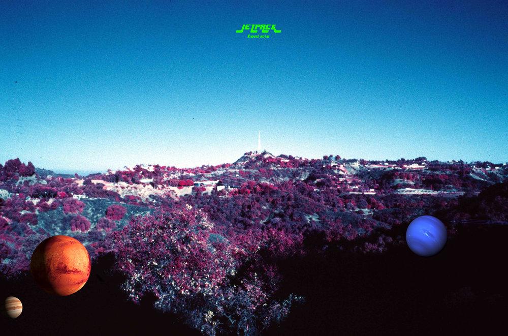 planets hiding in HwoodHills 2.jpg