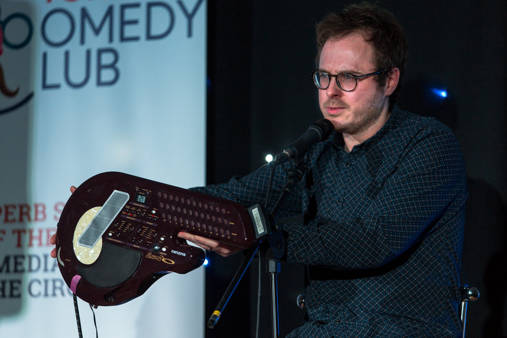 Gareth Richards & His QChord - Torquay Comedy Club