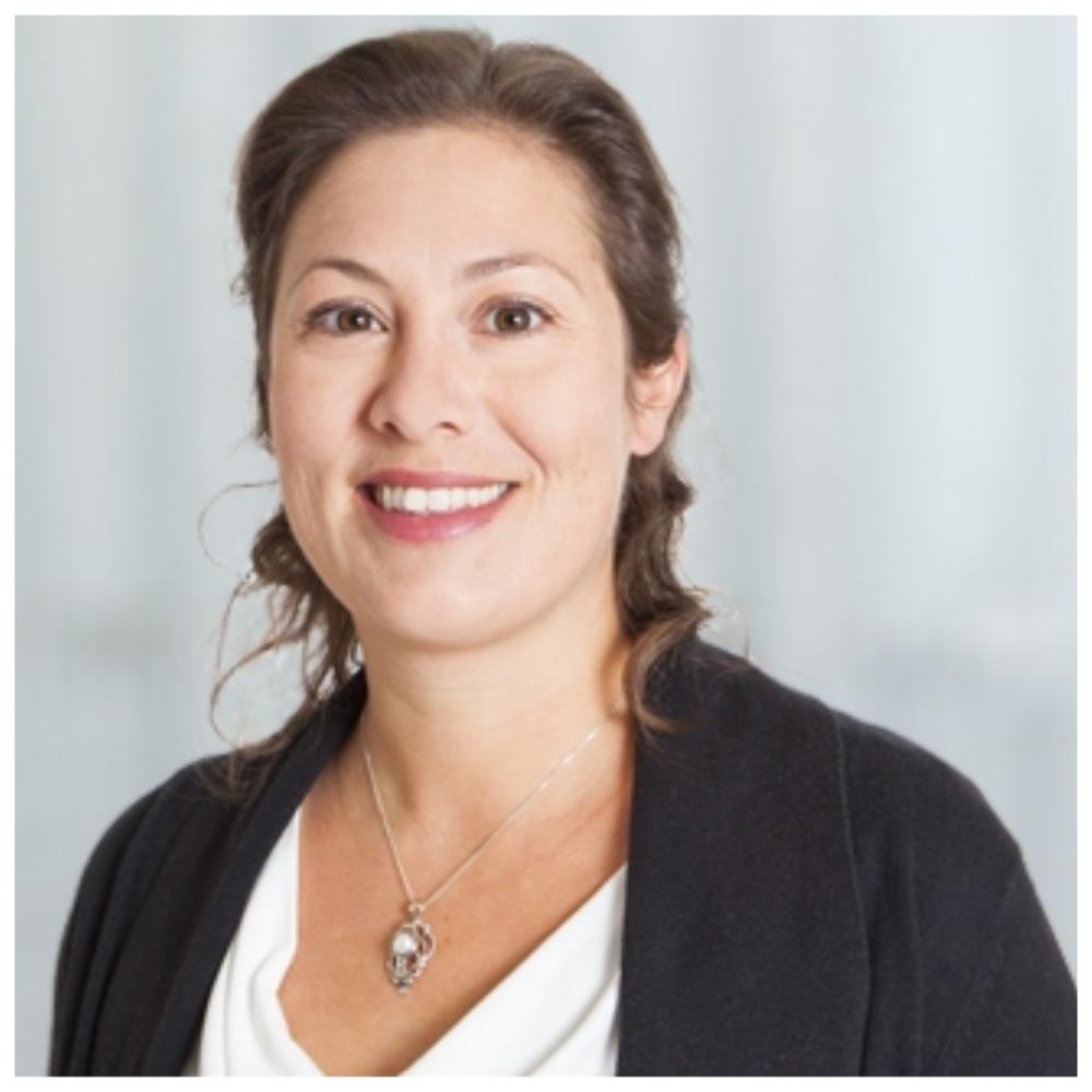 Corinne Chabot, B.Sc. A. - Experte en optimisation et Big DataCorinne Chabot a complété un baccalauréat en informatique de génie à l'Université Laval en 1999.Elle possède plus de 16 ans d'expérience en conception et en développement de logiciels dans le domaine de la recherche et du développement. Au CRIQ, elle se spécialise dans la conception de systèmes liés à l'optimisation et à la gestion de la qualité.Ses champs d'intérêt comprennent également la robotique collaborative, l'industrie 4.0, le Big data et l'exploration de données.