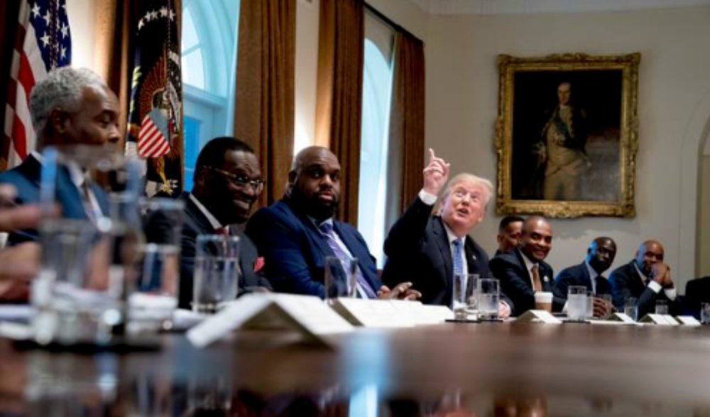 Trump-meets-with-Black-pastors.jpg