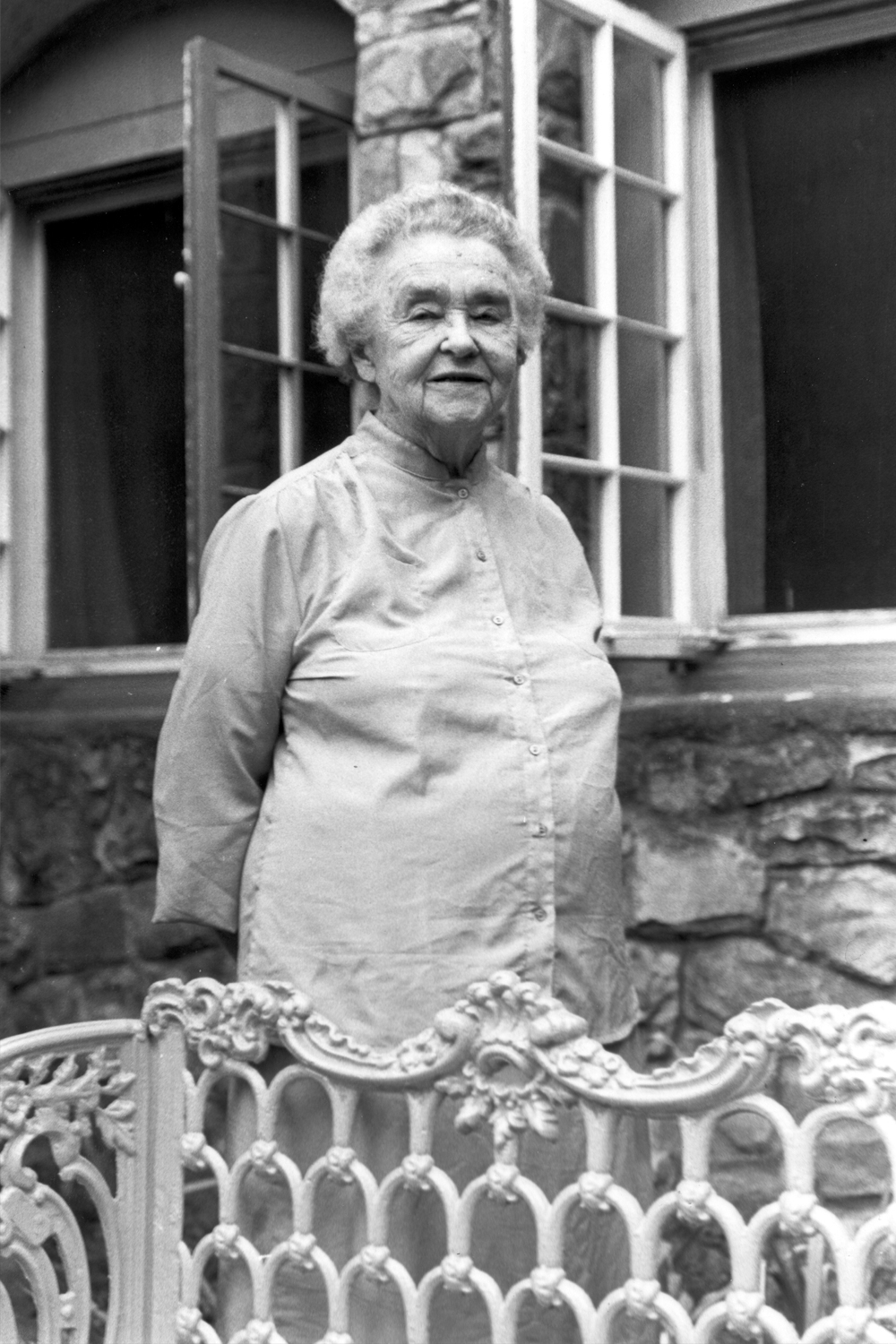 Carolyn Cortner Smith  In the 1930's, another pioneer, Carolyn Cortner Smith, Alabama's first licensed female architect, designed the stone structures in the park that were built by the CWA and the WPA. In 1941, the park was dedicated as Delano Park in memory of Franklin Delano Roosevelt's mother.