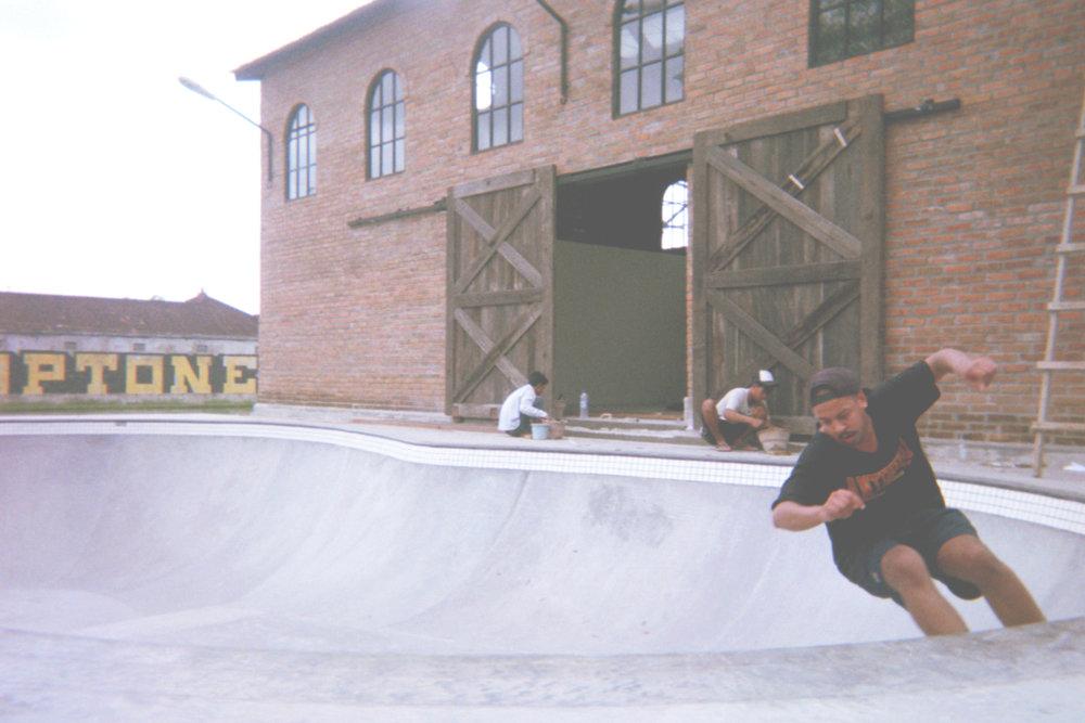 skate_bowl.jpg