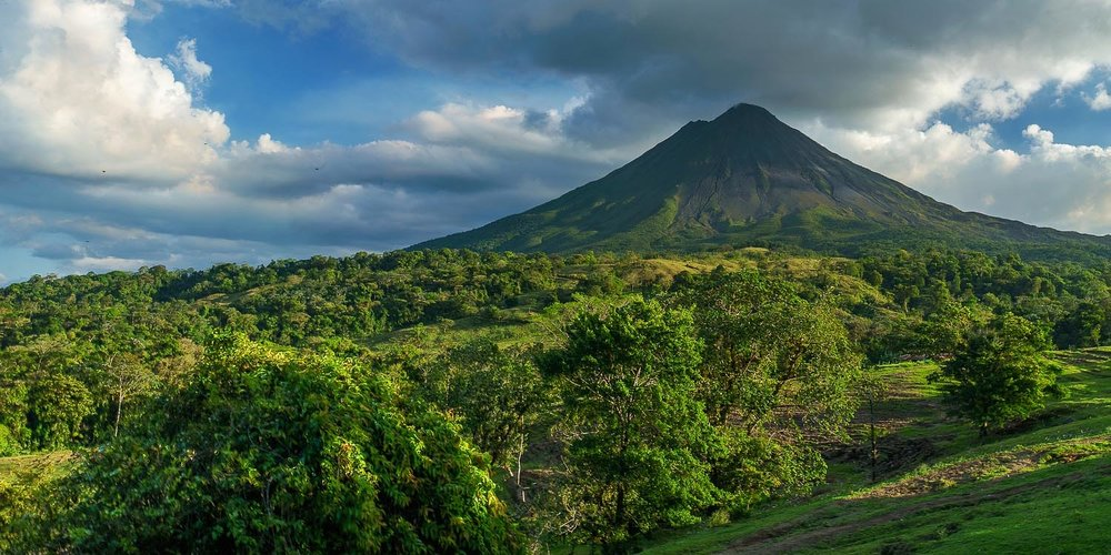 costarica_volcano.jpg