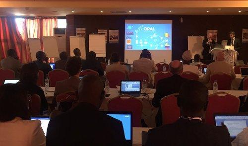Nicolas de Cordes (Orange) et Emmanuel Letouzé (Data-Pop Alliance et MIT Media Lab) du Comité Exécutifs ont tracé le cadre instutionnel de la rencontre avant d'en montrer les enjeux.