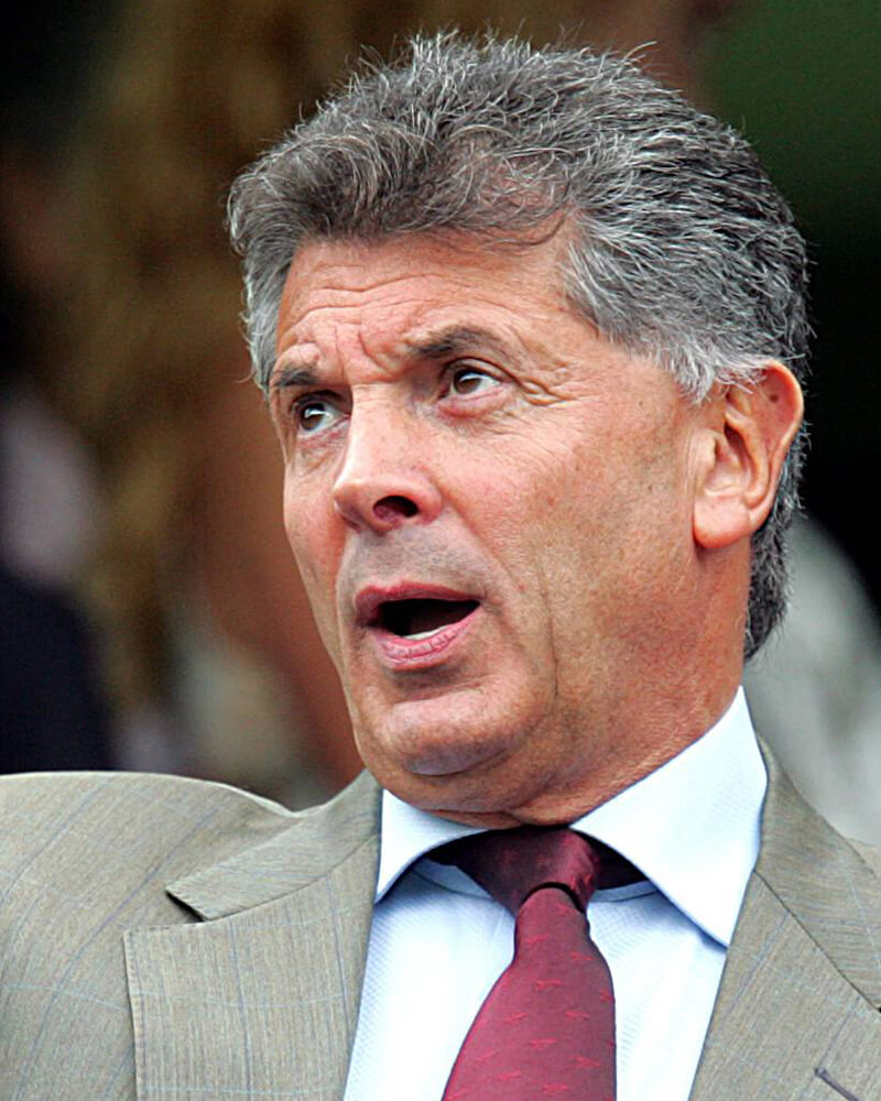 "David Dein - Former vice-Chairman of Arsenal Football Club and the Football AssociationFebruary Luncheon 2014""I believe in the motto of the turtle – you won't get anywhere unless you stick your neck out!"""
