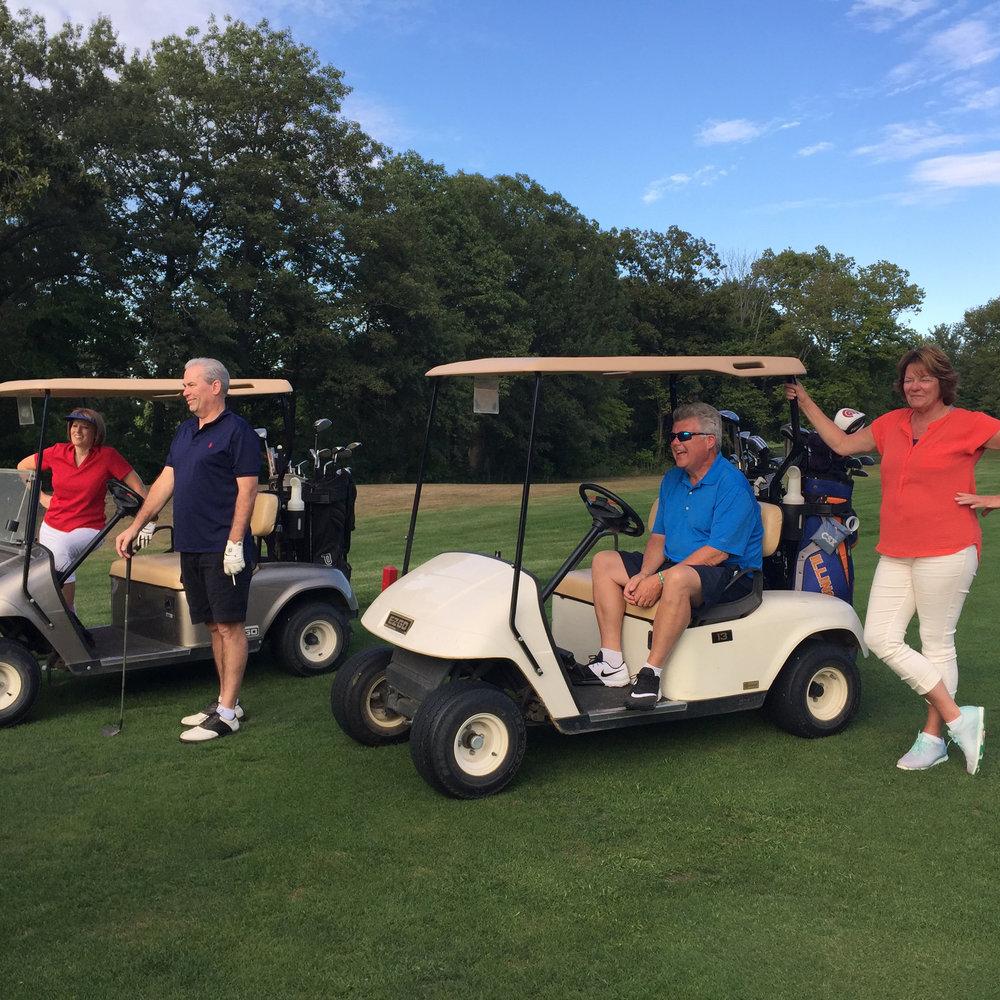 golfcarts2.jpg
