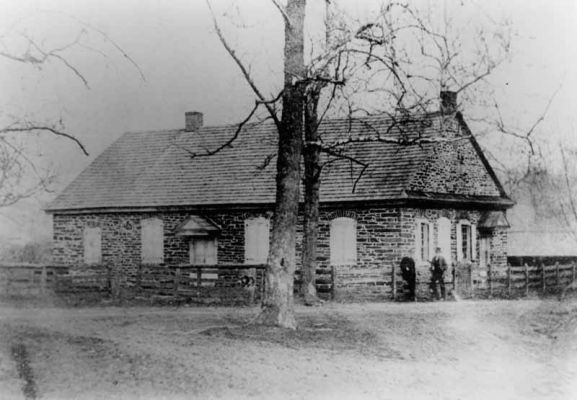 Deep Run Meetinghouse 1766-1872. This picture was taken just before it was torn down. Reproduction credit: Phil Ruth