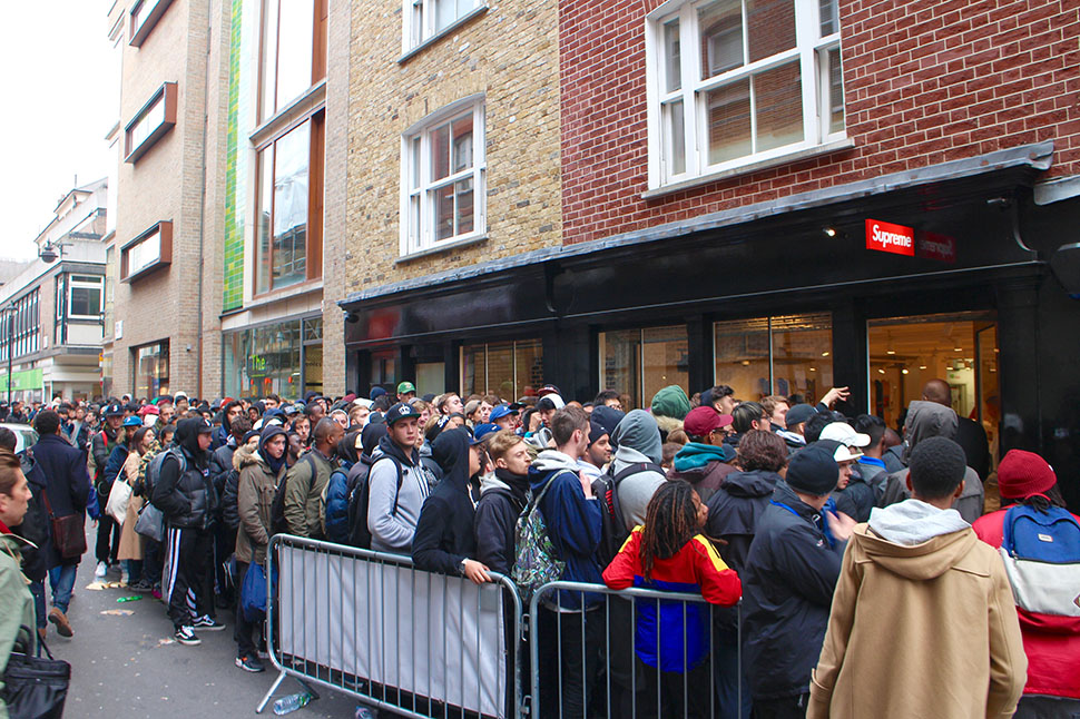 Supreme-x-Nike-Air-Jordan-V-London-Release-Recap-2.jpg
