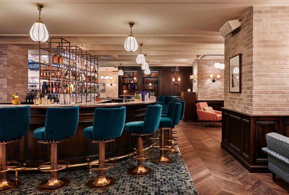 (The Hoxton Hotel, Paris)