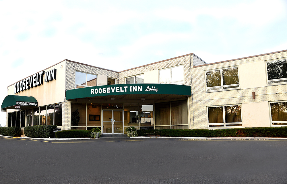 Roosevelt Inn - Outside