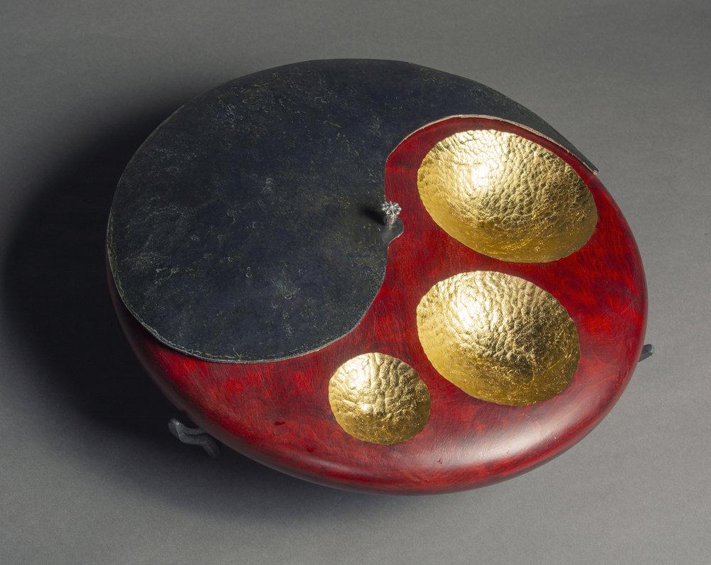 Yin Yang Box