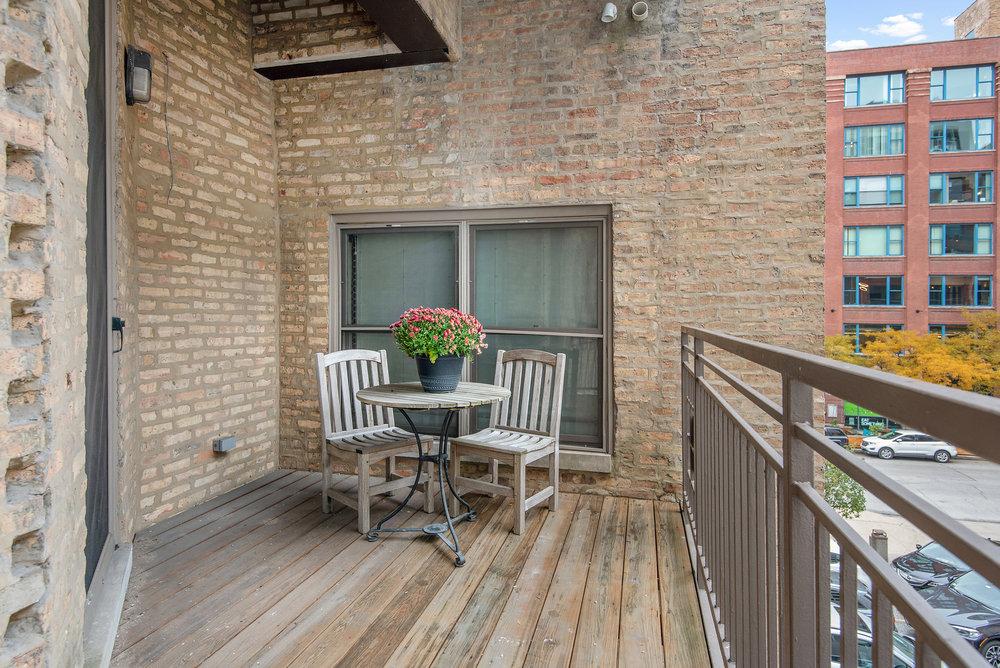 21. Terrace.jpg