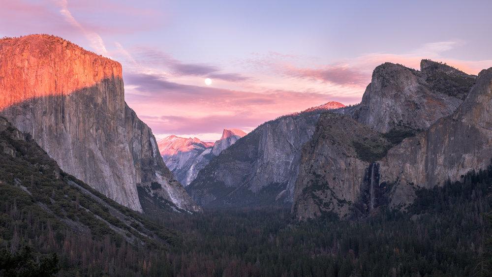 Yosemite Tunnel.jpg