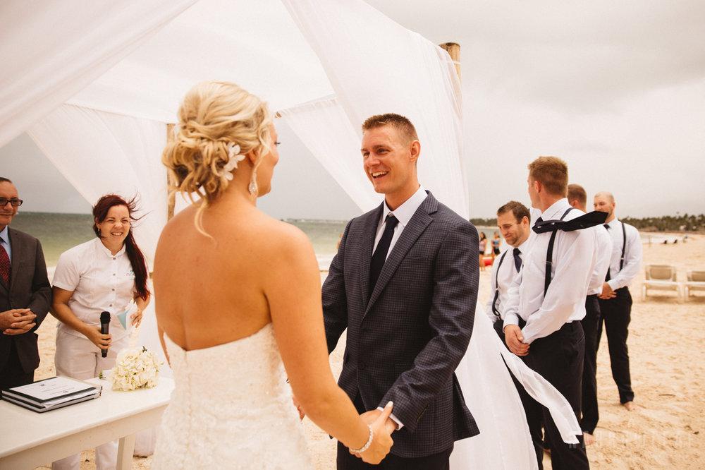 punta-cana-dominican-republic-destination-wedding-beach-ceremony-6763.jpg