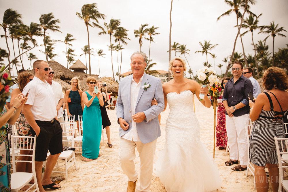 punta-cana-dominican-republic-destination-wedding-beach-ceremony-6738.jpg