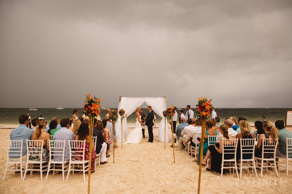 punta-cana-dominican-republic-destination-wedding-beach-ceremony-6781.jpg