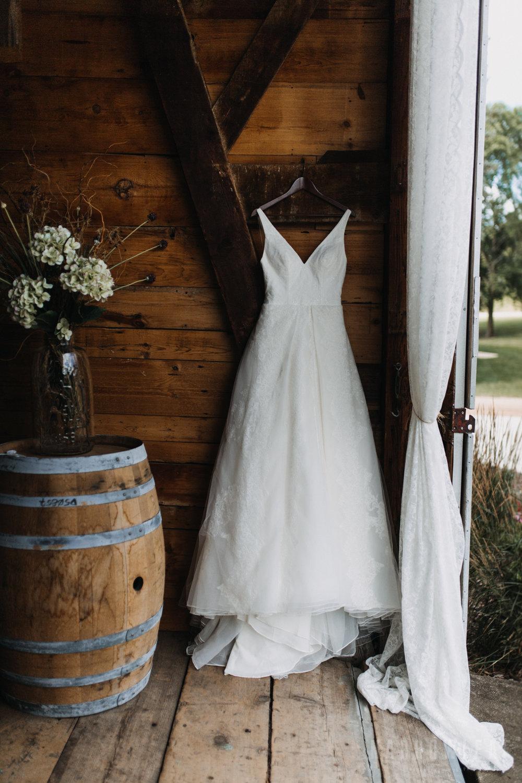 wedding-photography-dellwood-barns-mn-5475.jpg