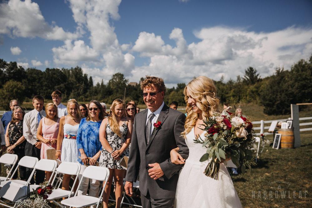 wedding-photography-dellwood-barns-mn-6827.jpg